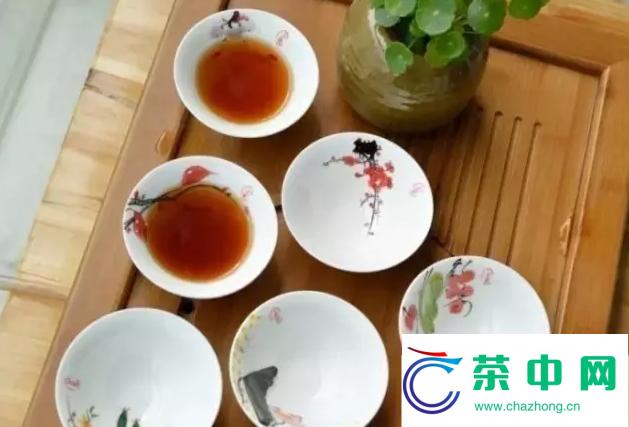 下关普洱沱熟茶开汤品鉴