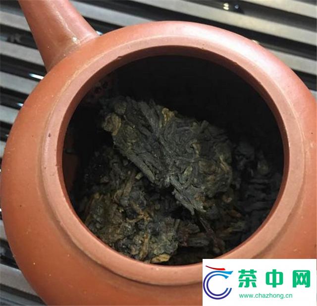 2001年中茶绿印7572开汤