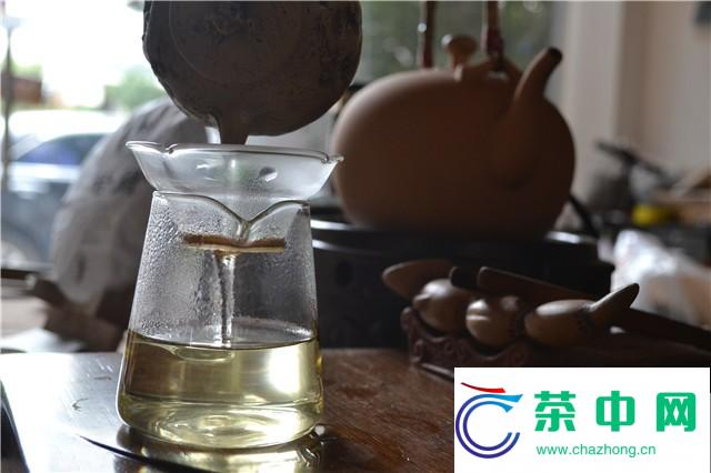 2016年书剑古茶若兰开汤品鉴