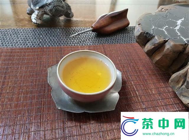 2016年大益龙生甘露开汤品鉴