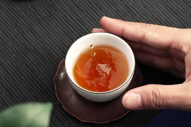 陳財制茶:冰島古樹熟茶在這個世界真的存在嗎?